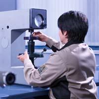 Лаборатория завода «Дельта» по производству алмазных инструментов